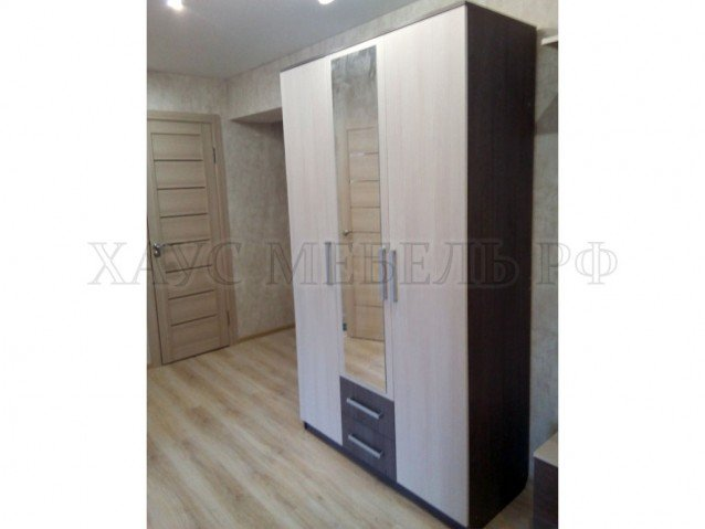 Шкаф 3-створчатый 2